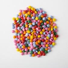 Mini dragées colorées sucre/chocolat assorties